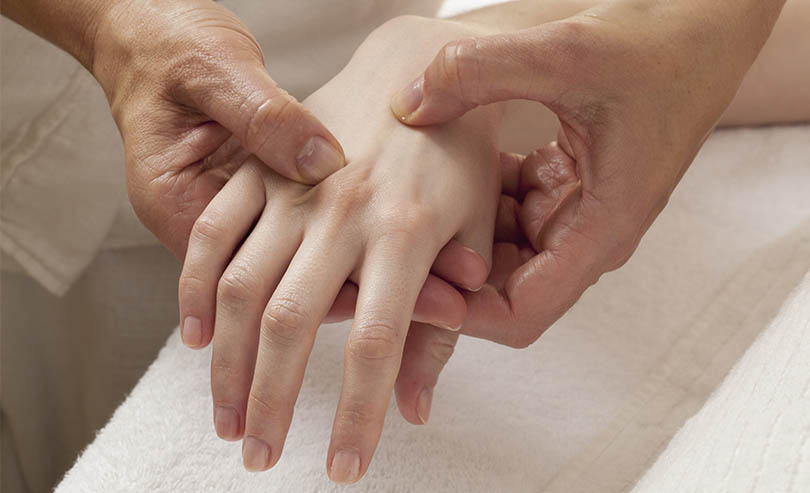 Warning Signs of RA -Tingling In Hands and Fingers - #4